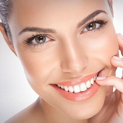 Limpieza dental + destartraje + profilaxis en Clínica Porto Salud