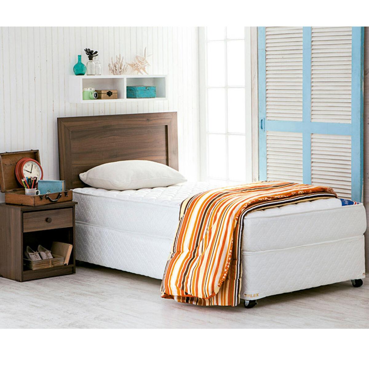 Cama Americana Flex New Entree 1,5 Plazas + Set Maderas Asturias + Textil