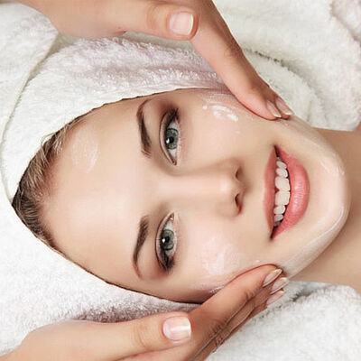 Limpieza Facial Premium con Peeling + Alta Frecuencia y Más
